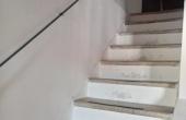 scale dal soggiorno-al primo piano