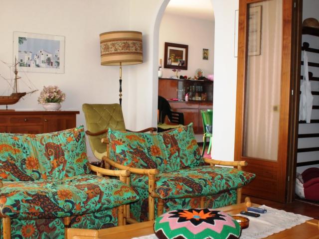 Ampio appartamento a Villa Teresa
