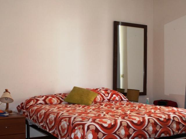 seconda camera da letto matrimoniale , sempre con porta finestra sul balcone